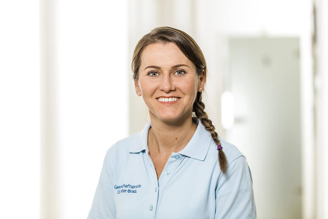 Zahnarzt Grafenberg - Bradu - Team - Katrin Rudner