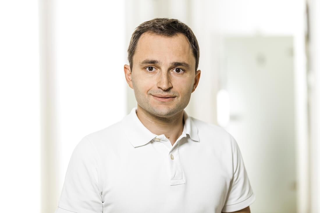 Zahnarzt Grafenberg - Bradu - Team - Dr. Bogdan Cormos