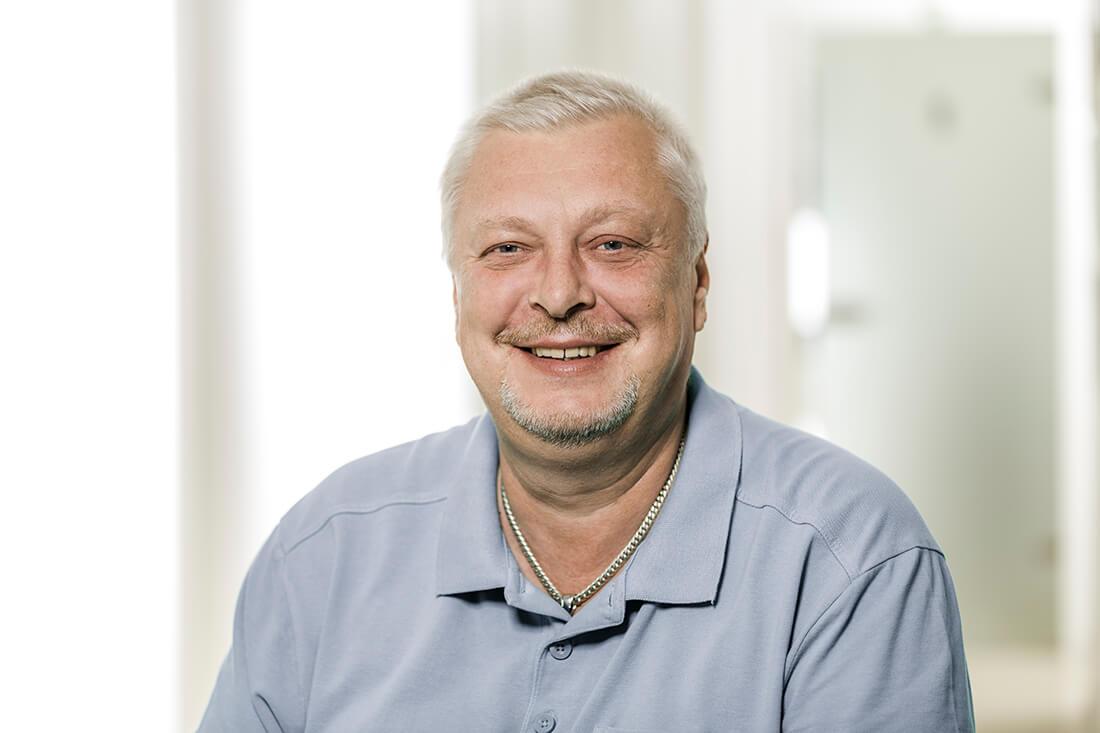 Zahnarzt Grafenberg - Bradu - Team - Witali Saslawski