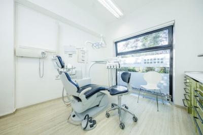 Zahnarzt Grafenberg - Bradu - ein Behandlungsraum in unserer Praxis