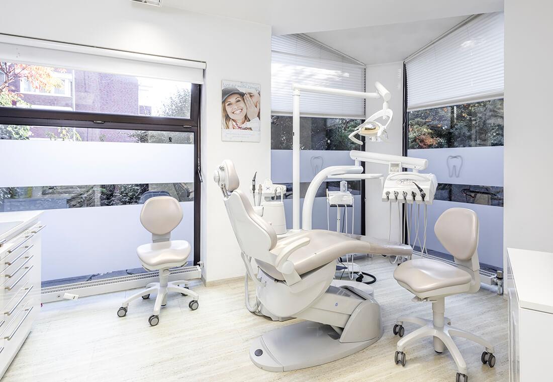 Zahnarzt Grafenberg - Bradu - ein Behandlungsraum unserer Praxis
